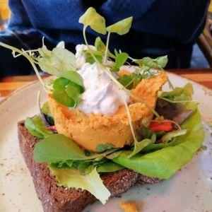 Veggie lunch in de stad - Zussen in het groen